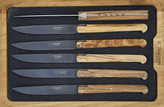 -Laguiole en Aubrac Table knives Ancestral Aubrac Wood Titane Blade (Set of 6)